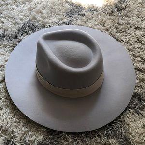 Sole society hat, gray wool